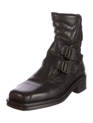 Maxen Square-Toe Ankle Boots