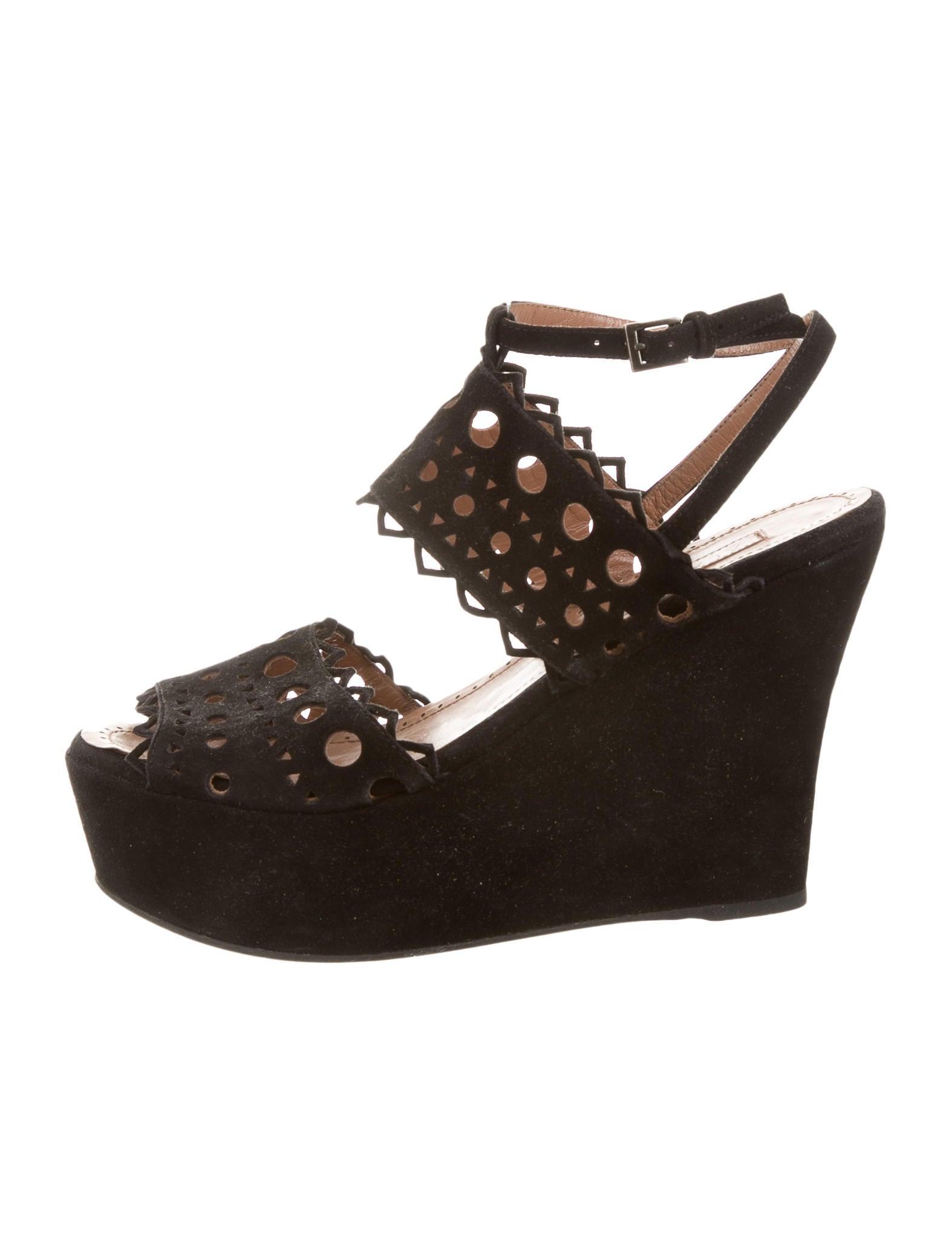 ala 239 a suede platform wedges shoes al227261 the realreal