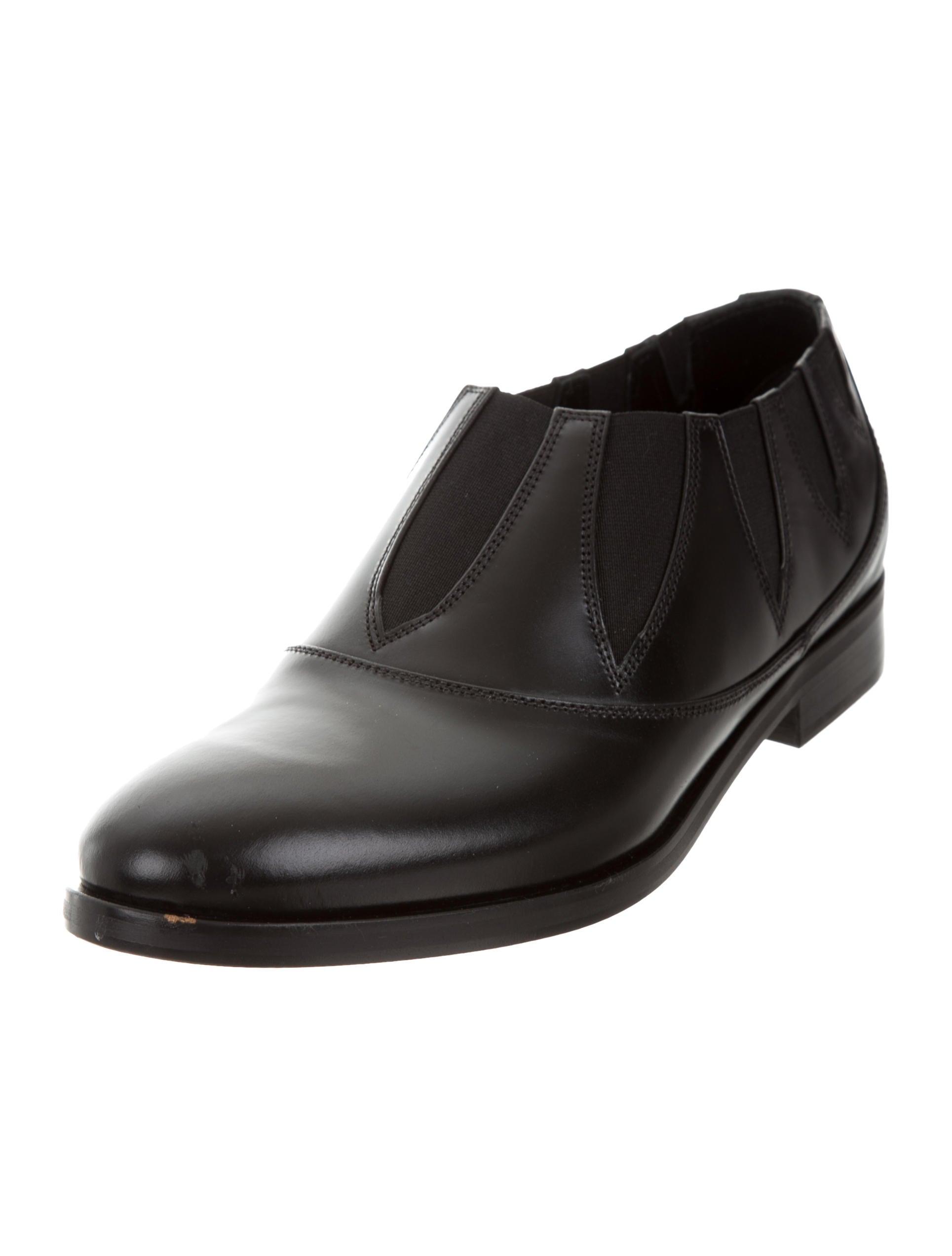 Alaïa Leather Laser Cut Loafers w/ Tags footlocker online Q8mjC8V7CQ