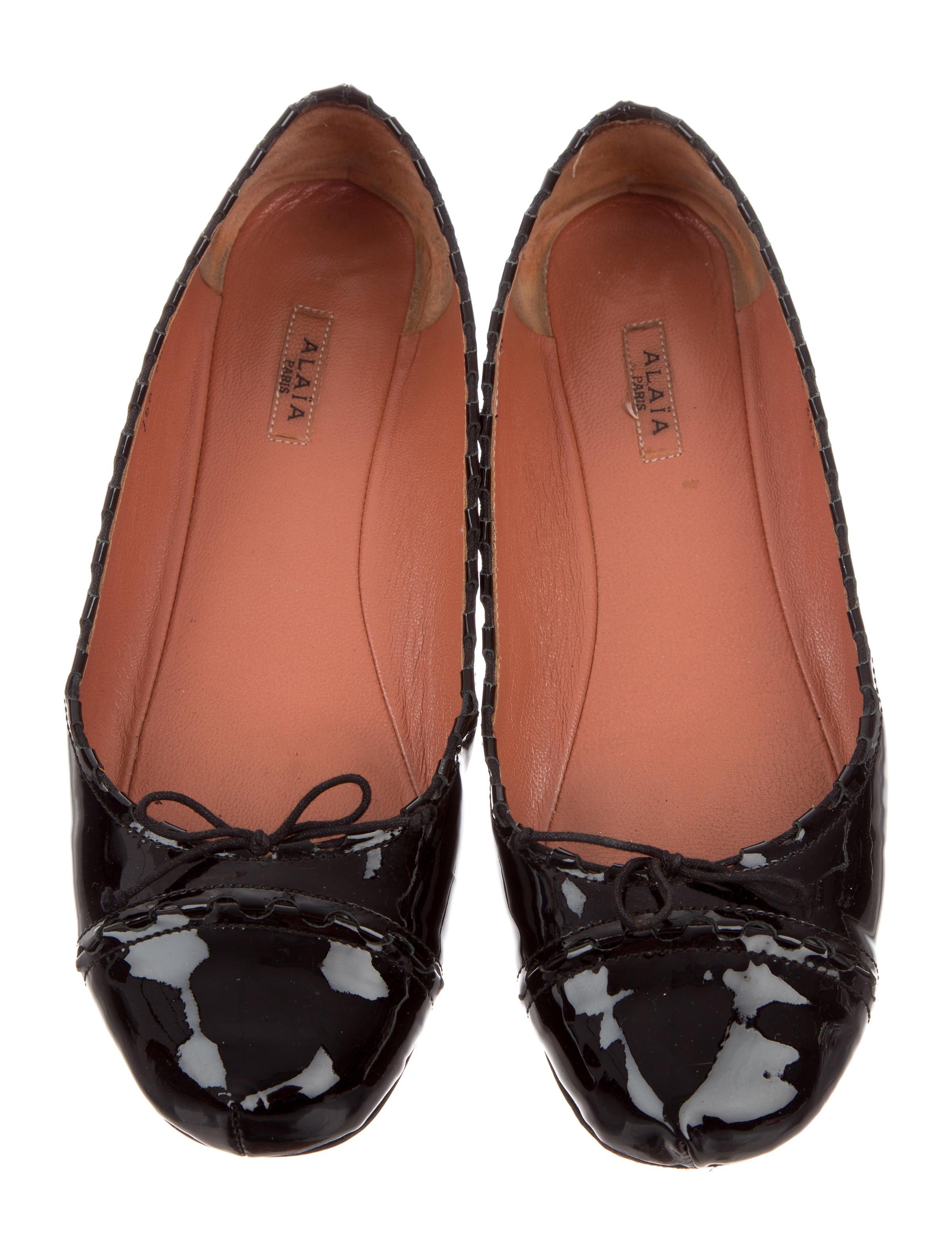 Alaïa Patent Leather Round-Toe Flats free shipping clearance CuRb8ZgqKQ
