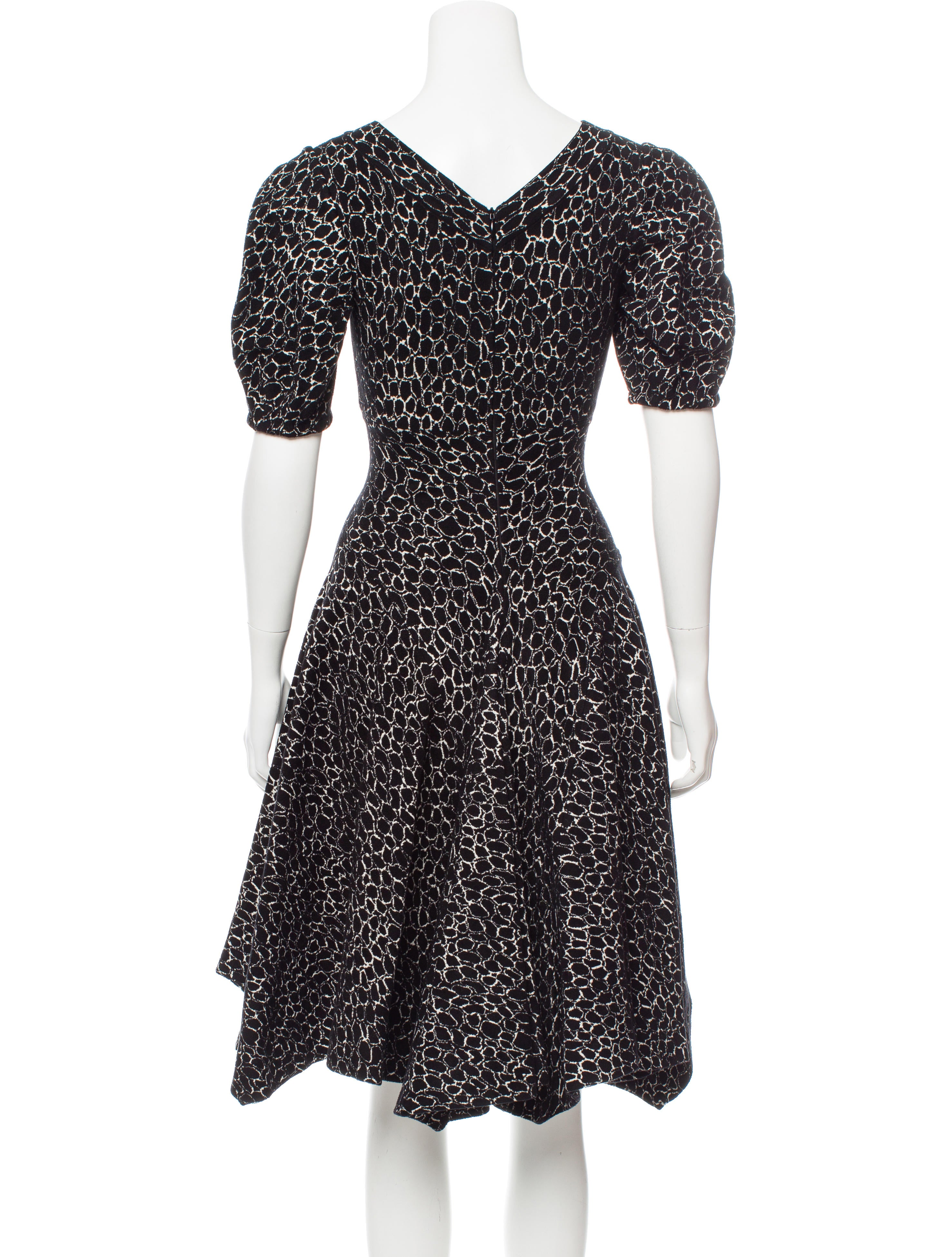 Ala 239 A Fit And Flare Knee Length Dress Clothing