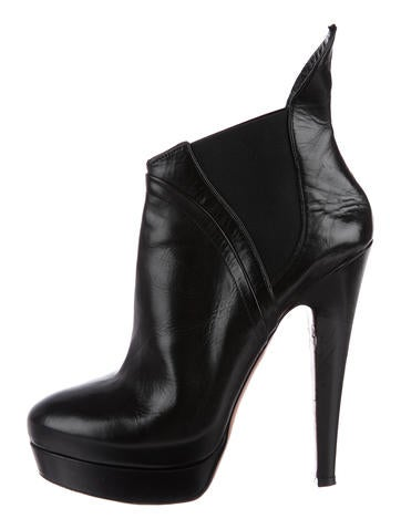 Alaïa Leather Platform Ankle Boots None