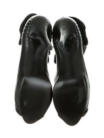 Faithful Ankle Boots