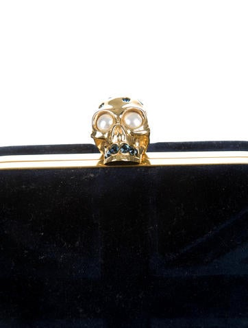 Skull Box Clutch