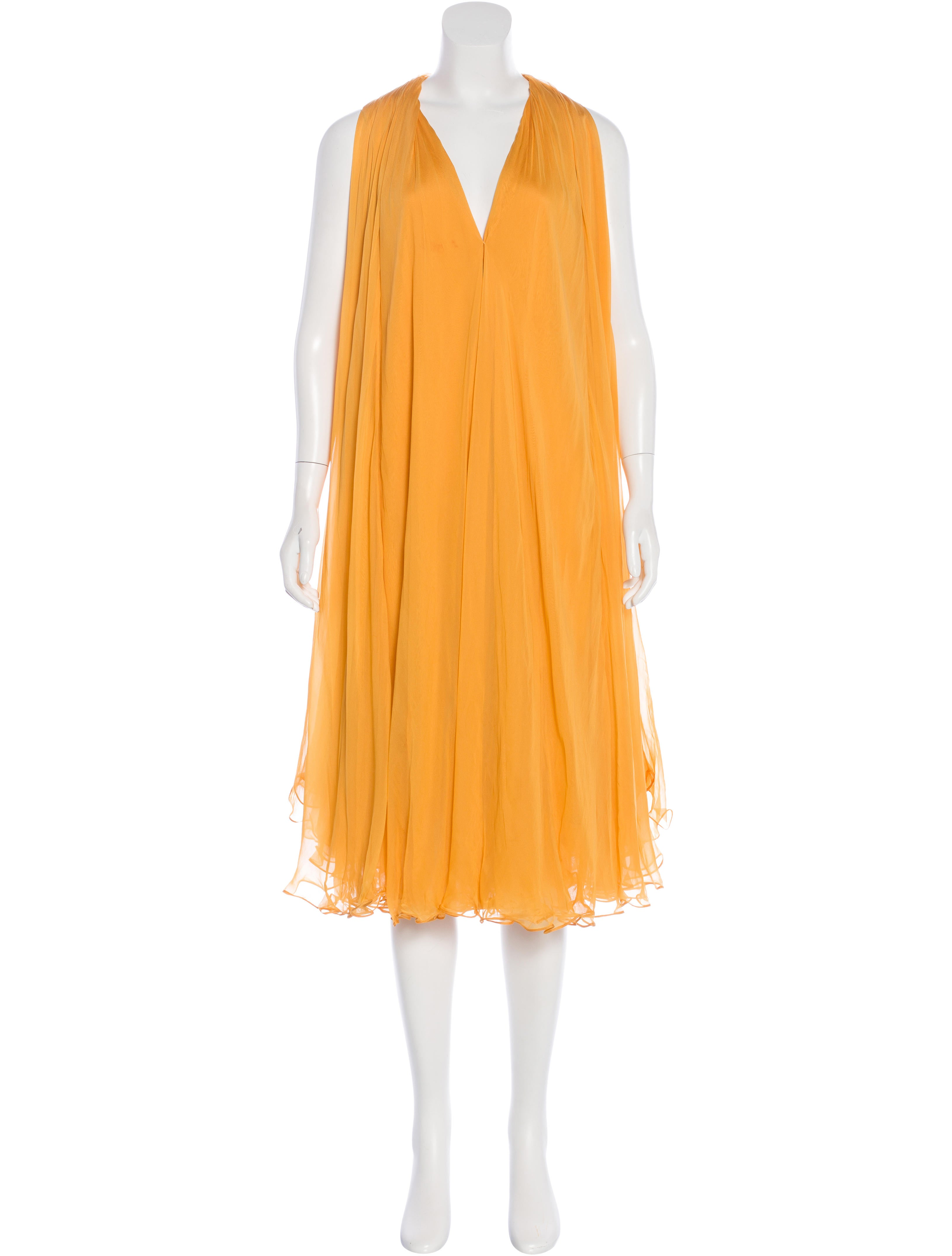 Find silk chiffon dresses at ShopStyle. Shop the latest collection of silk chiffon dresses from the most popular stores - all in one place.