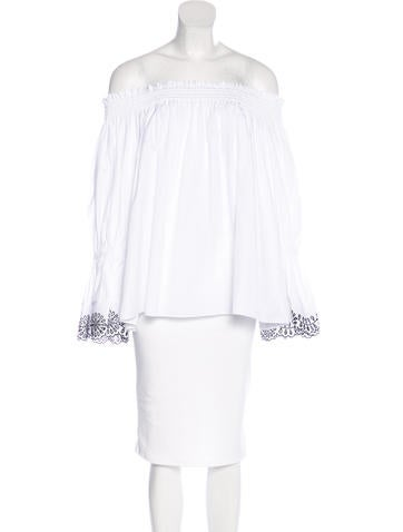 2017 Off-The-Shoulder Embroidered Blouse w/ Tags