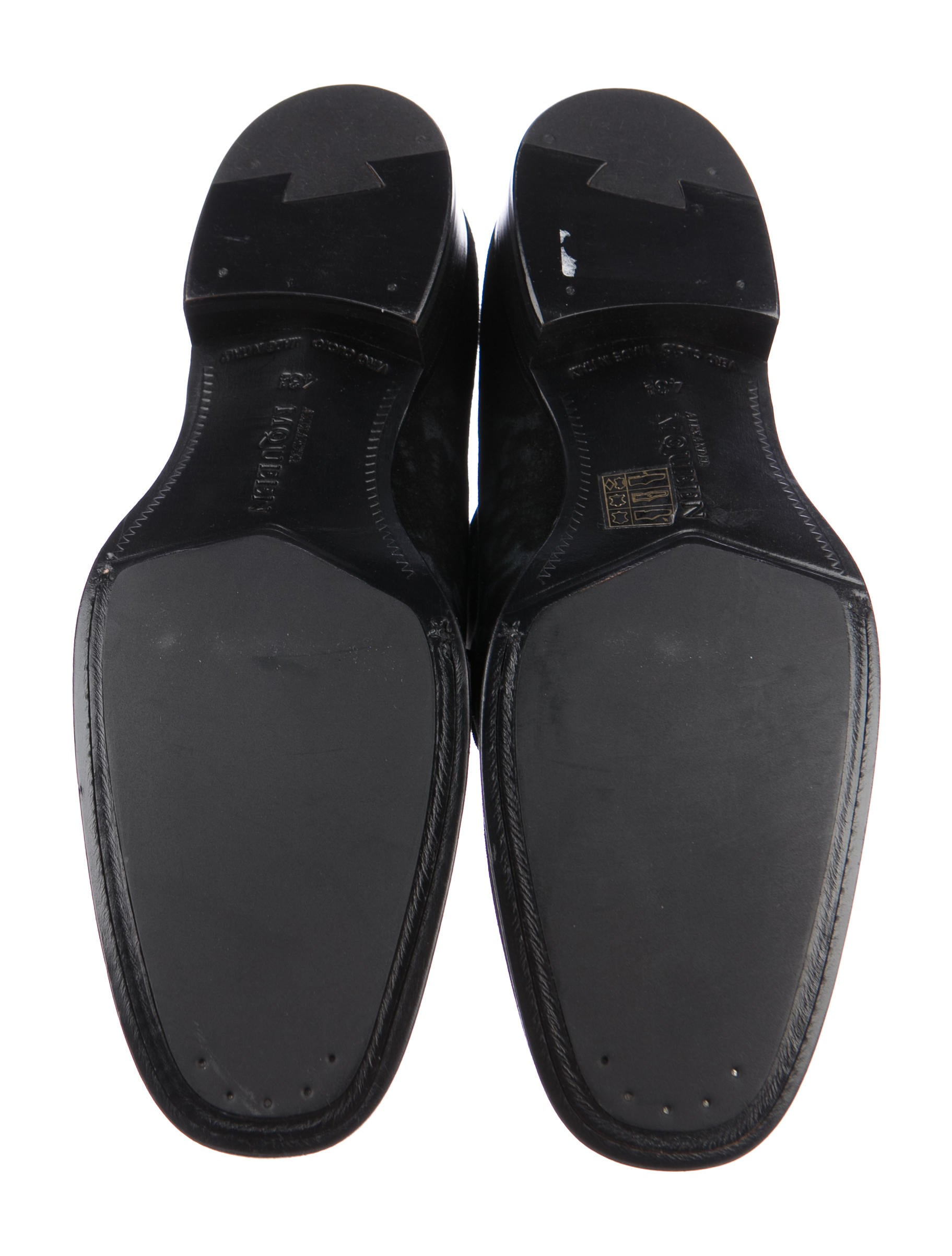 Can Suede Shoes Be Dyed Black