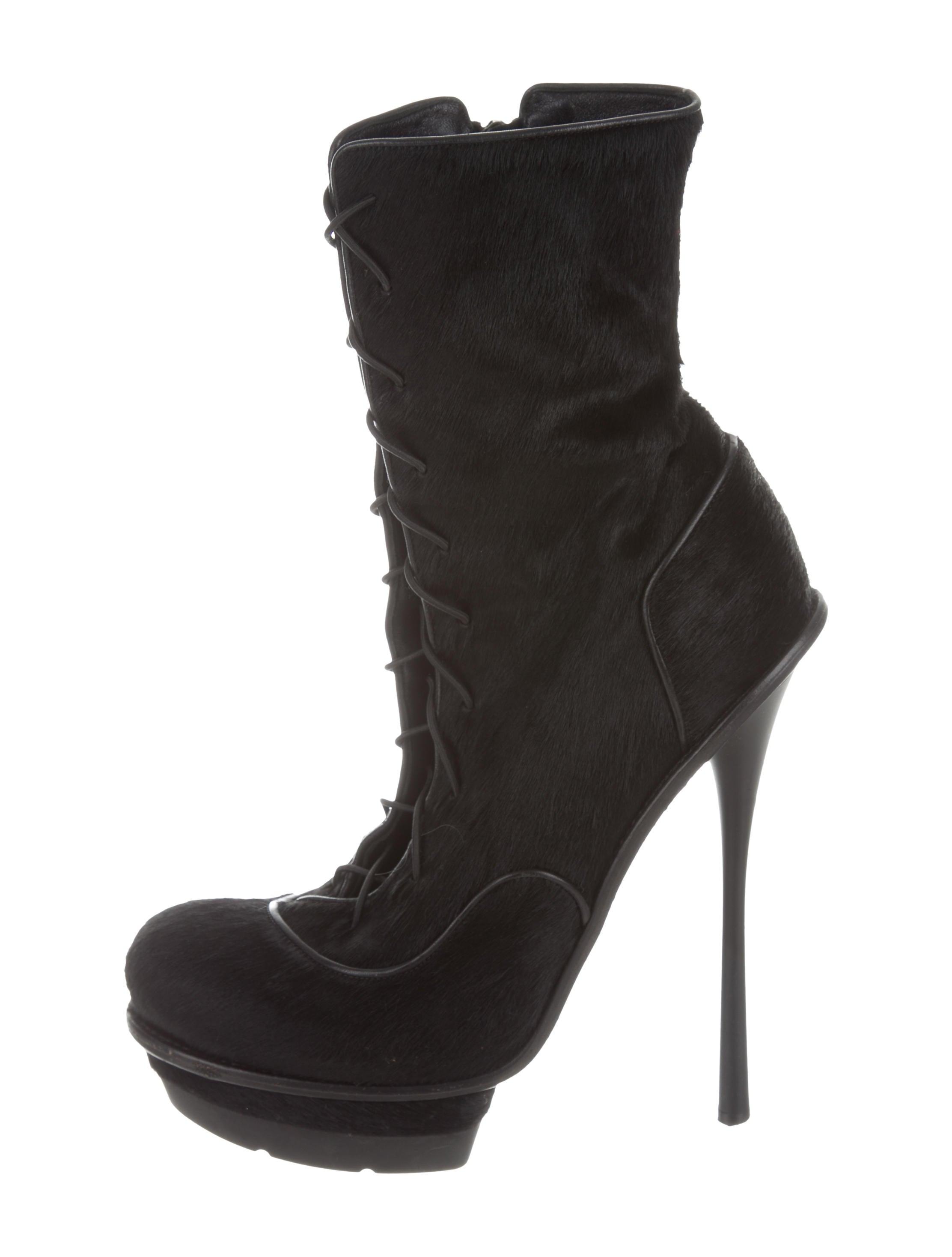 Alexander McQueen Ponyhair Platform Ankle Boots sast cheap online Bjsv8MyMCI