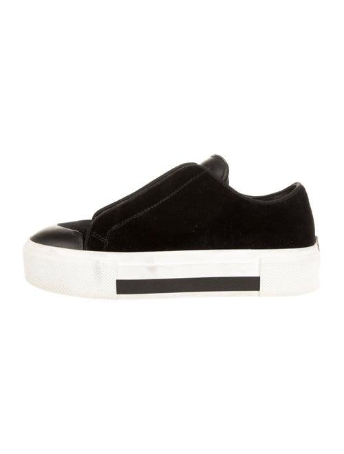 Alexander McQueen Platform Velvet Sneakers Black