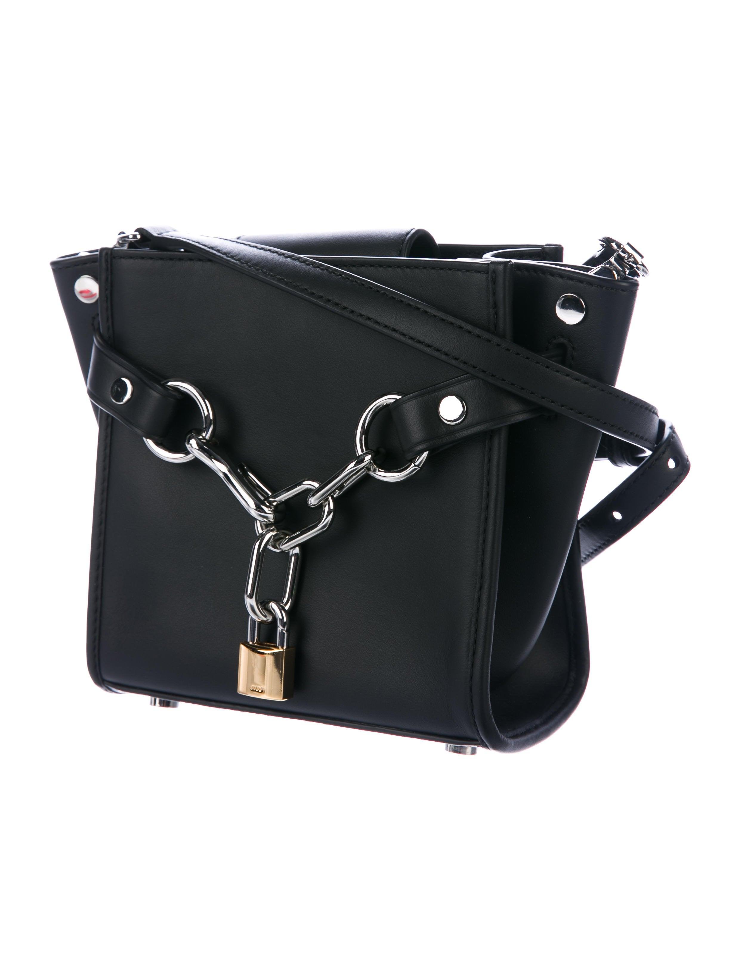 816e8630ea7 Alexander Mini Attica Bag Chain Wang rqFpOr in sentimentalize ...
