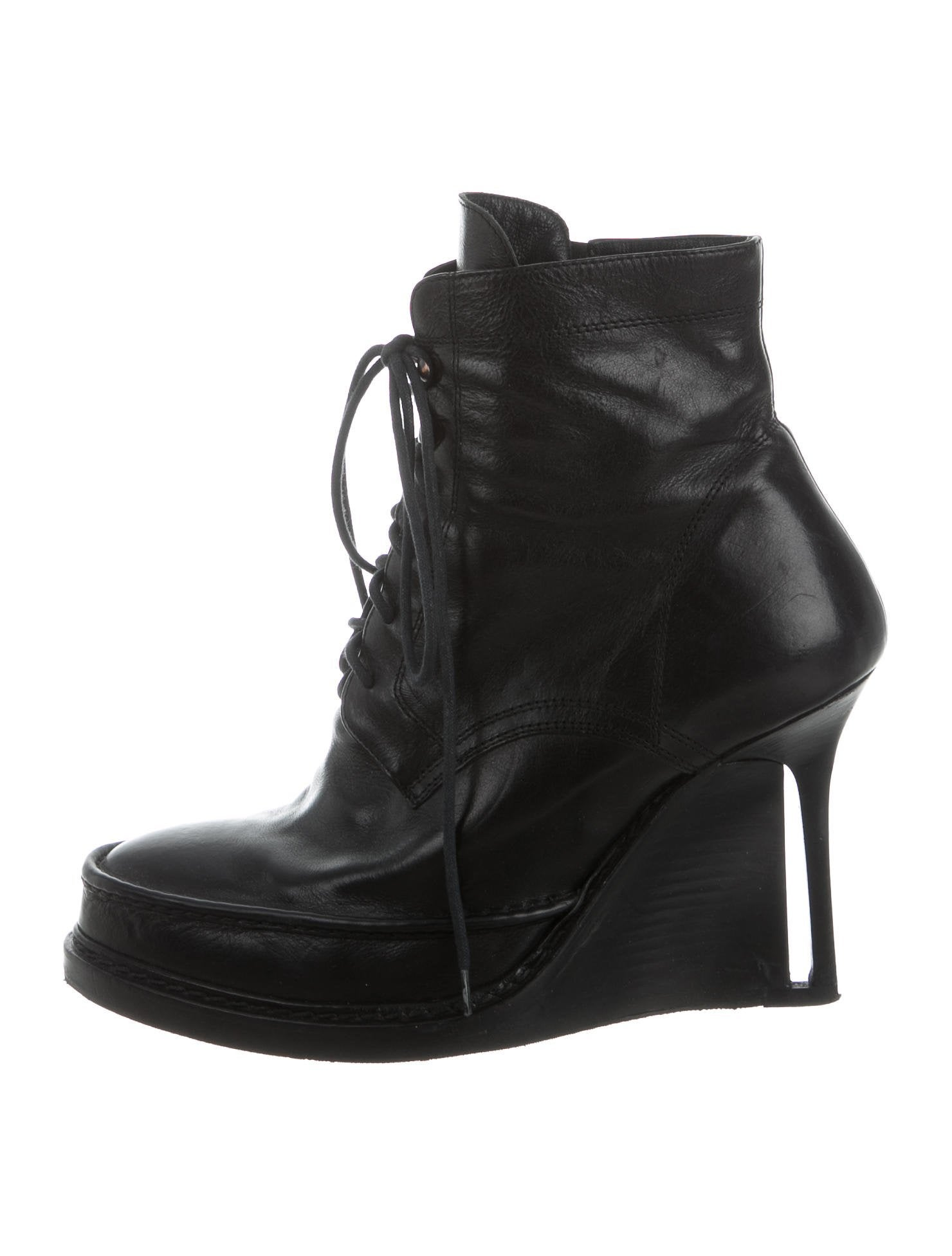 Shop ankle boots online at kumau.ml, find the latest styles of cheap flat, wedge and lace up ankle boots for women at discount price.