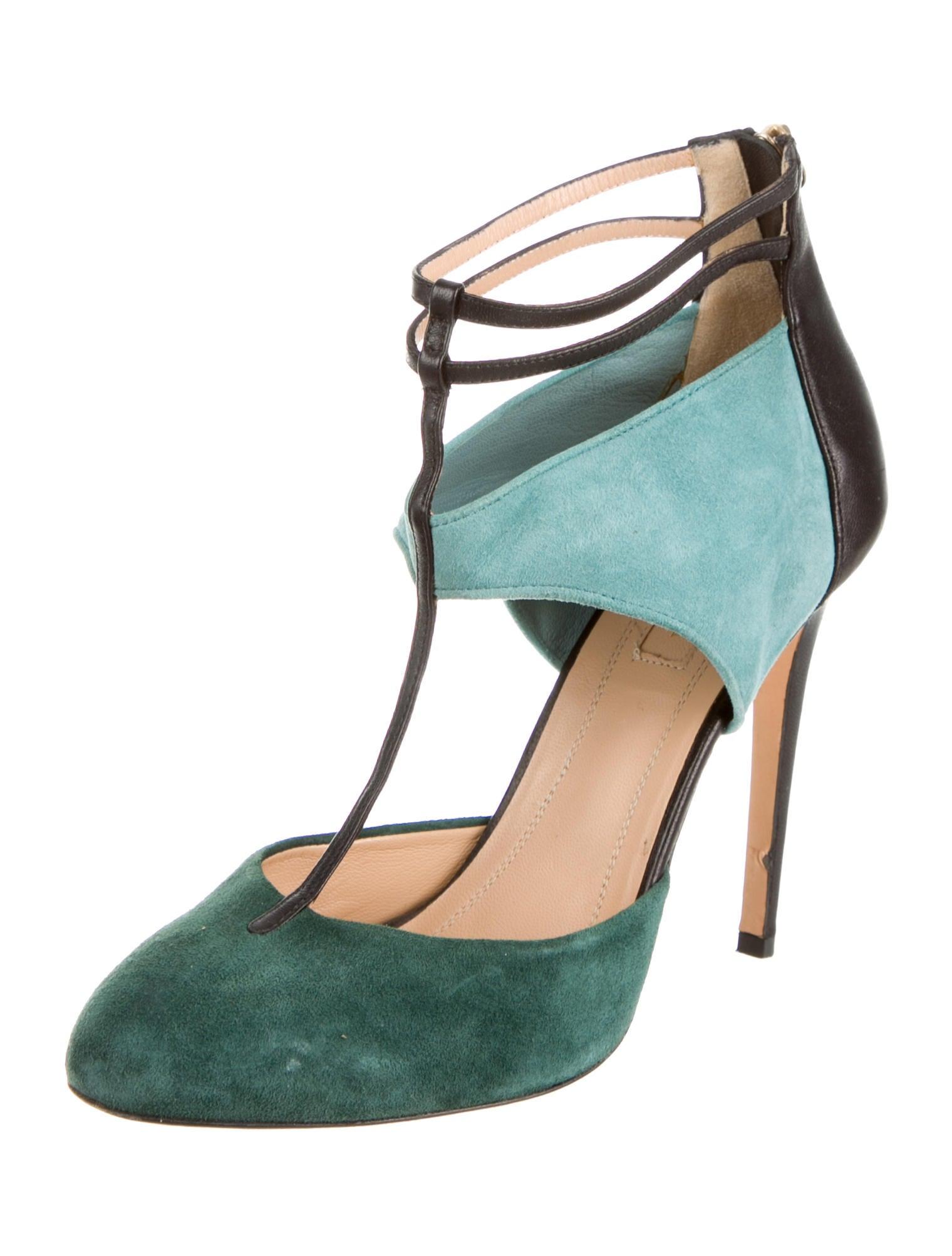 aquazzura t strap pumps shoes aqz20377 the realreal. Black Bedroom Furniture Sets. Home Design Ideas