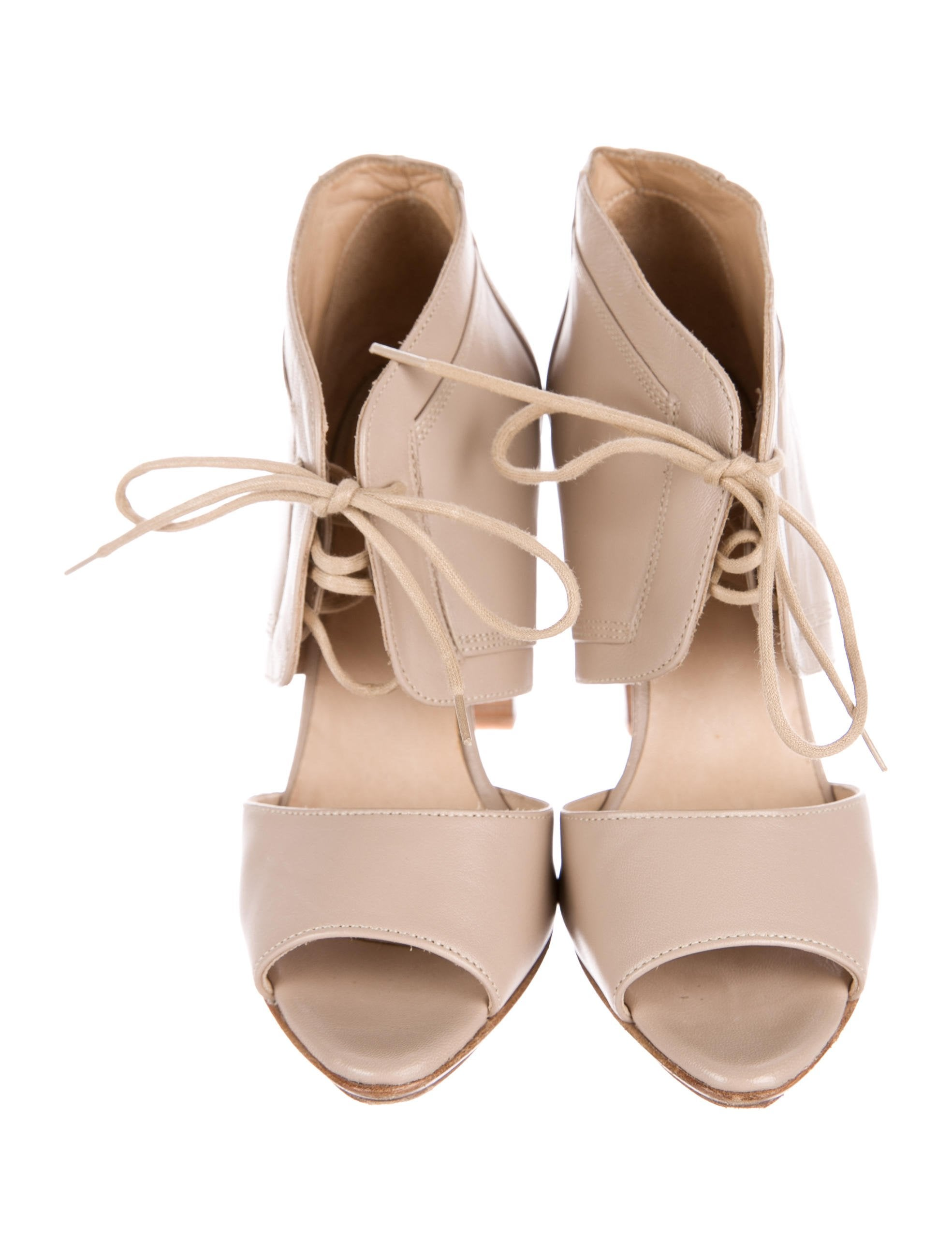 Armani Collezioni Lace-Up Cutout Booties really cheap online discount new buy cheap shopping online discount nicekicks footlocker pictures online ngVVVOqKD