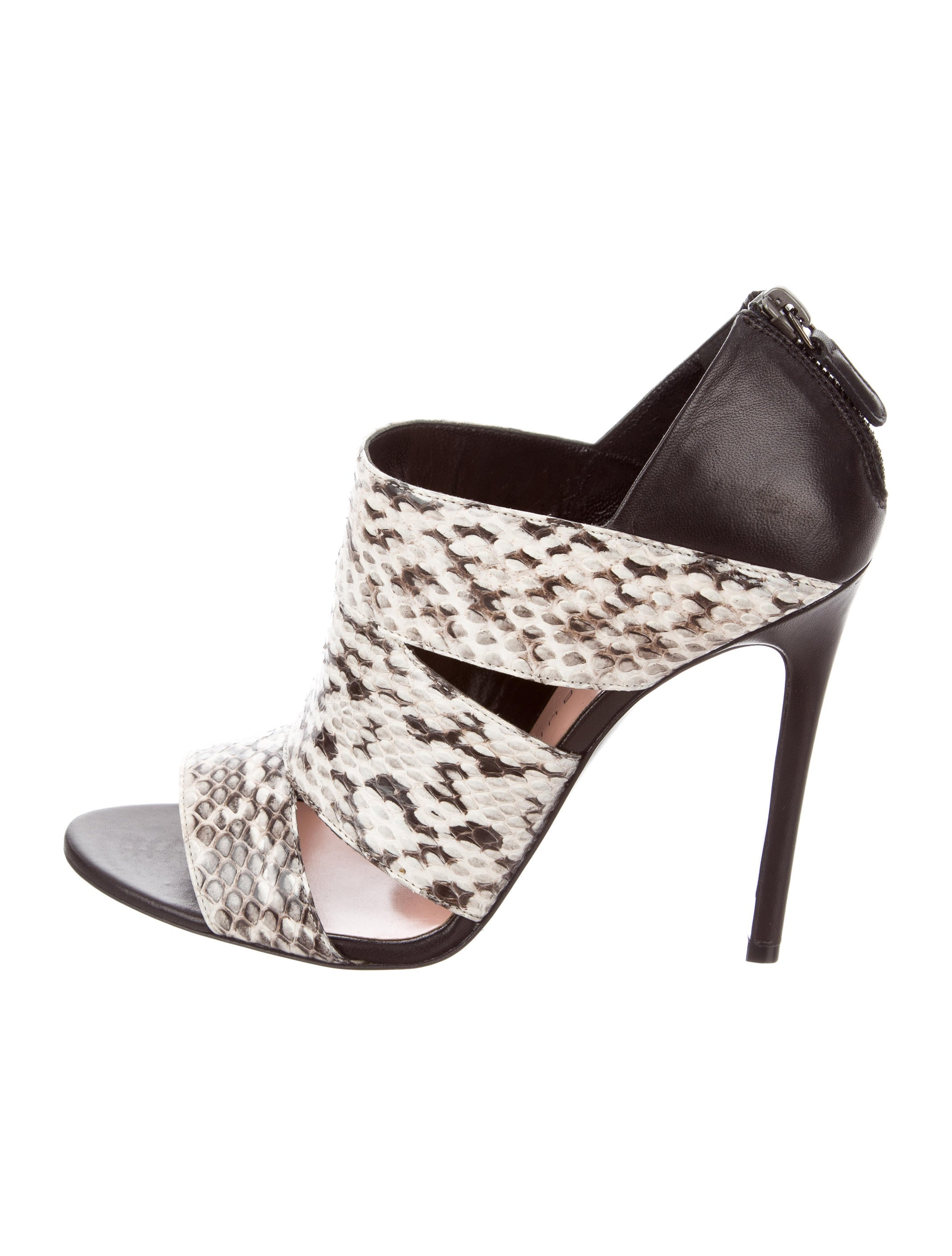 Barbara Bui Swoop Embossed Pumps w/ Tags outlet low price outlet 100% original yam2Z