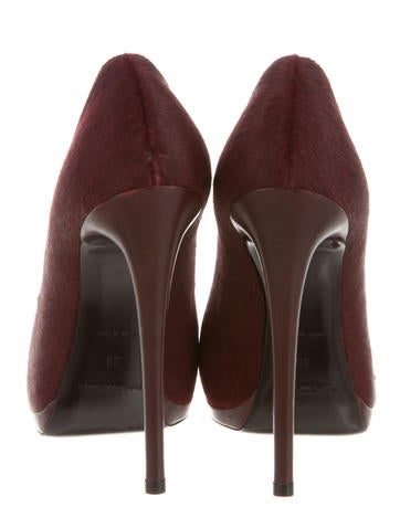 Ponyhair Round-Toe Pumps