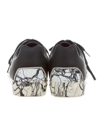 Marble Print Low-Top Sneakers