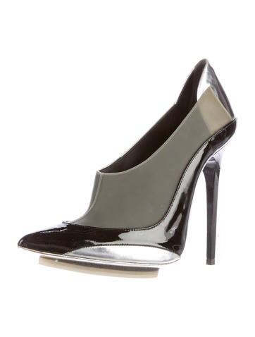 Colorblock Pointed-Toe Pumps