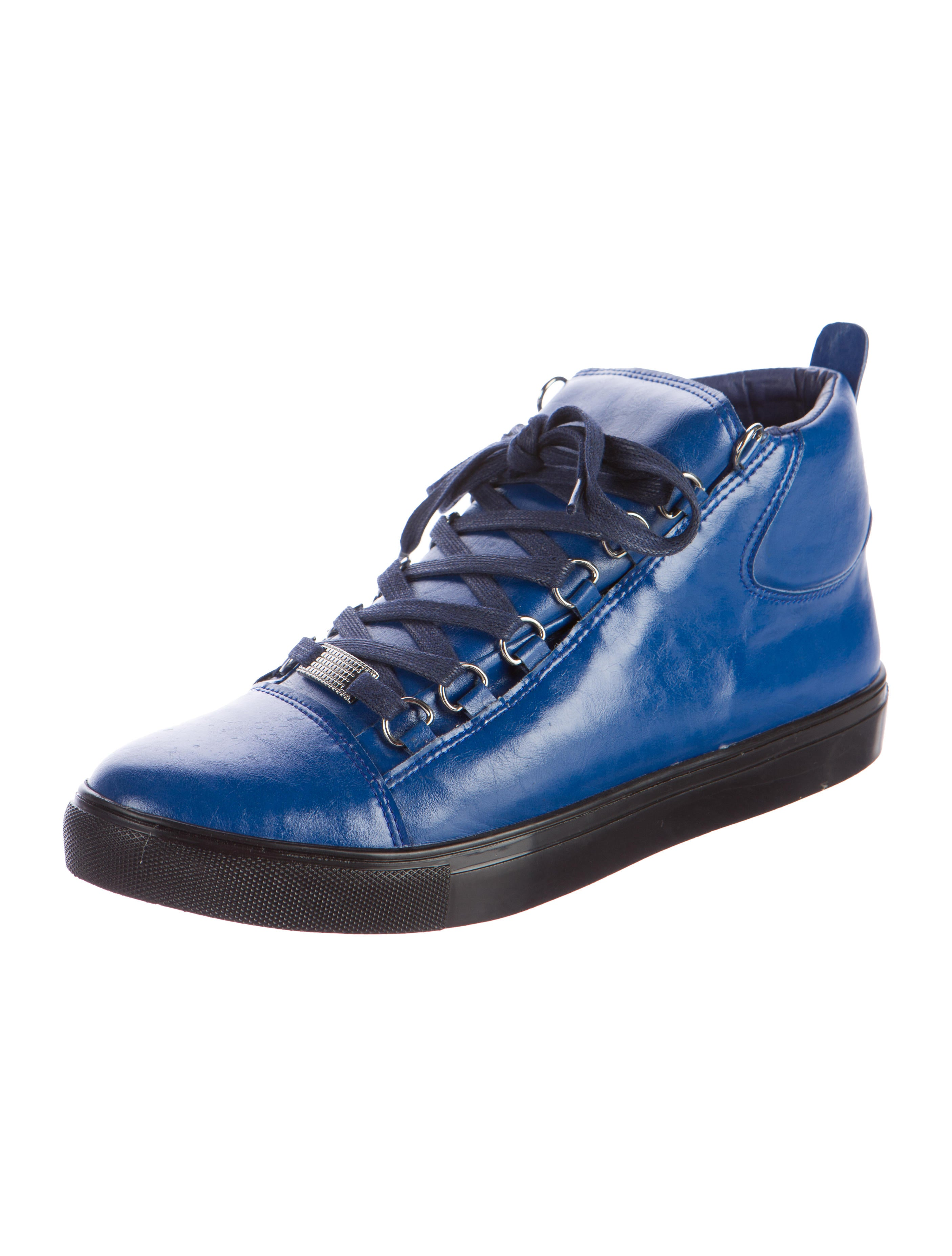 Blue Light Card Office Shoes