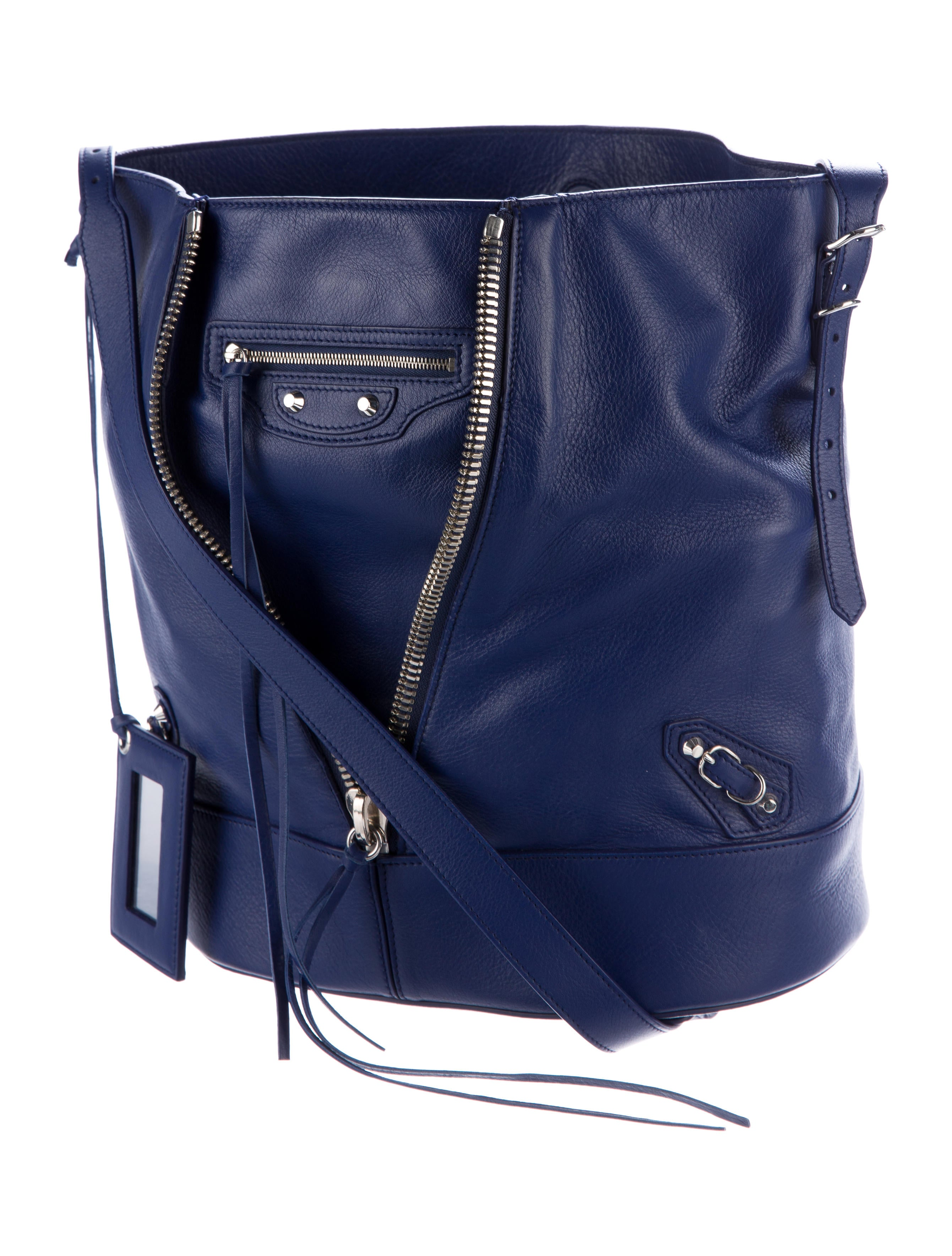 Kenoor Leather Drawstring Bucket Bag Retro Handbags Shoulder Bag Purses Crossbody Bags For Women with Long Shoulder Strap. by Kenoor. $ $ 64 97 Prime. FREE Shipping on eligible orders. Some colors are Prime eligible. out of 5 stars See .