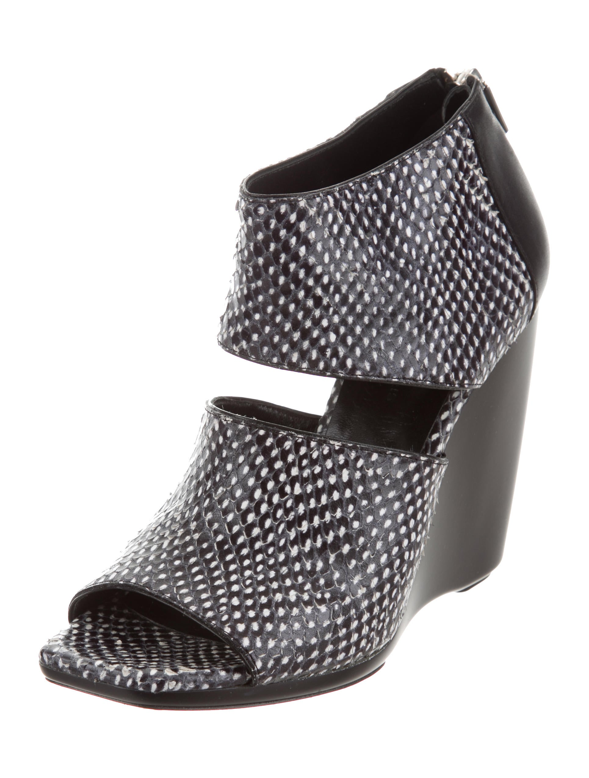 Balenciaga Snakeskin Cutout Wedges fashion Style cheap online deals official find great cheap online jLY437s
