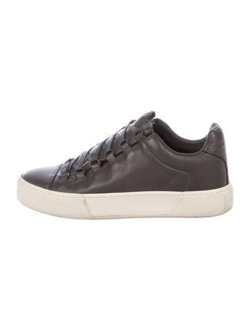 cad055fd0564 WANT Les Essentiels de la Vie Patent Leather Low-Top Sneakers ...