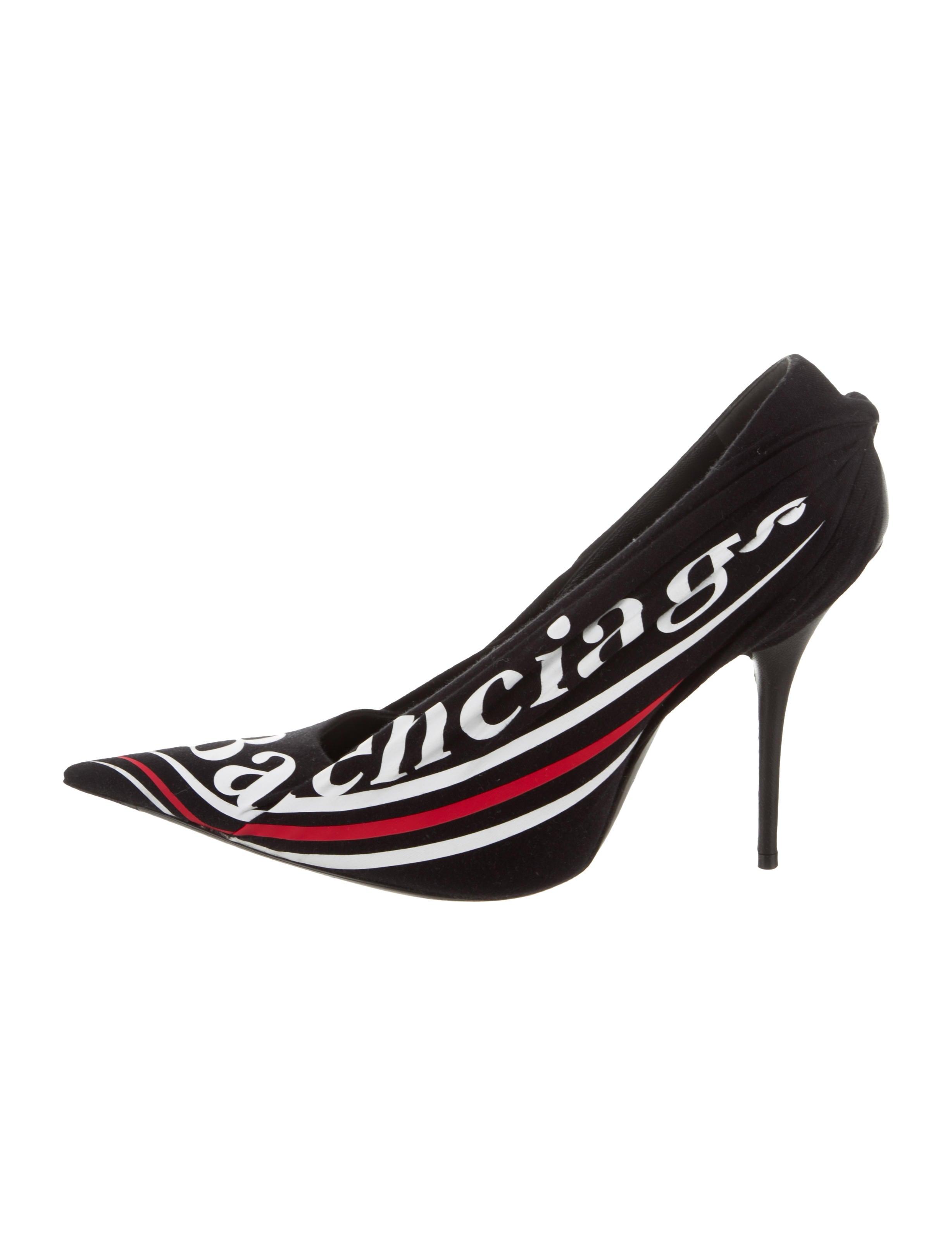 69600b7d63a9 Balenciaga 2017 Logo Knife Pumps - Shoes - BAL73575