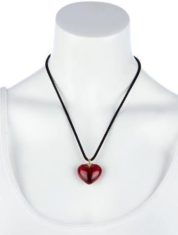 Romance Diamond Pendant Necklace