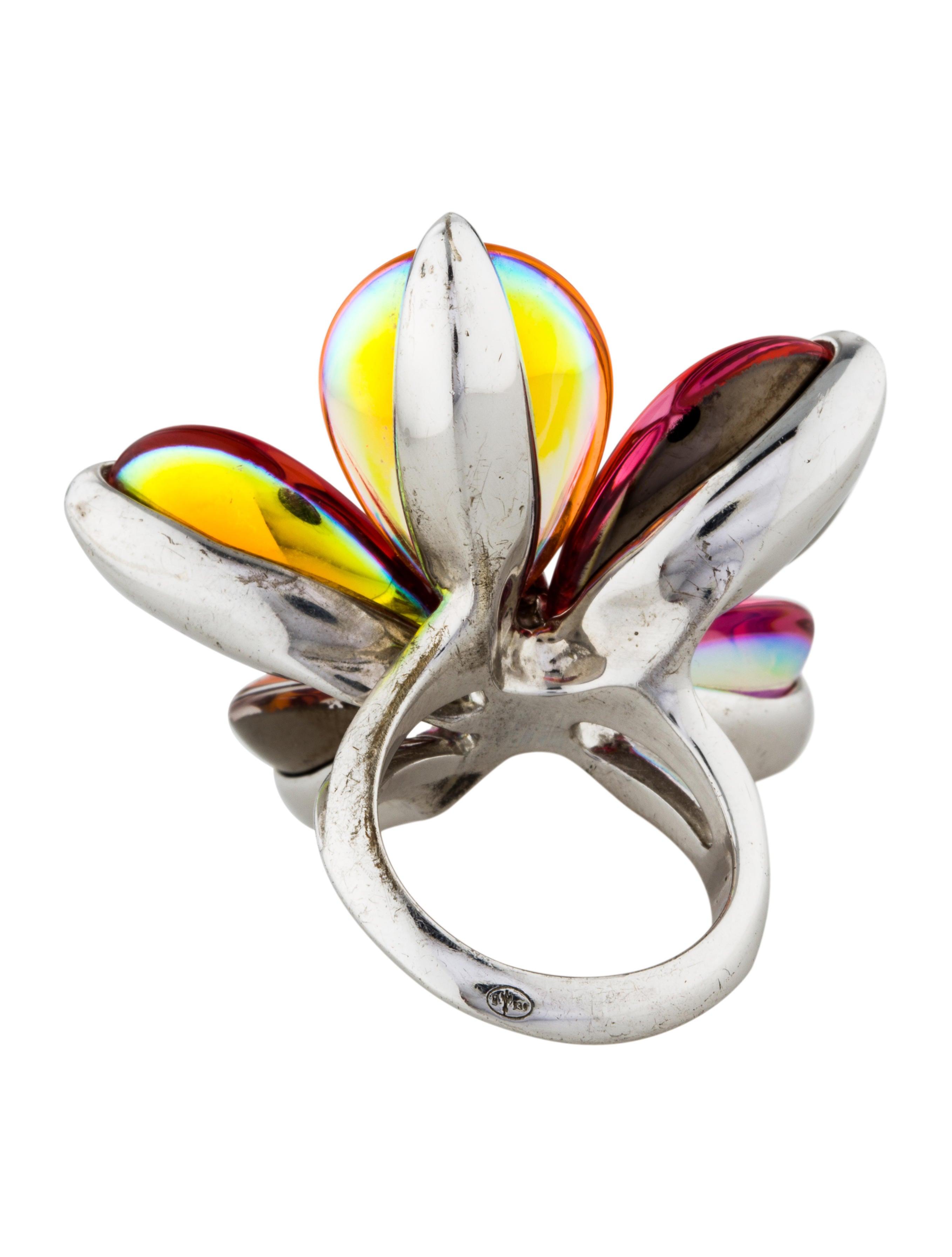 Baccarat, the Collection Rings Fleurs de Psydélic