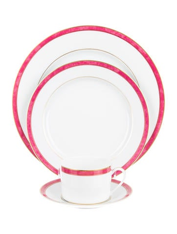 Bernardaud Univers Table Setting None