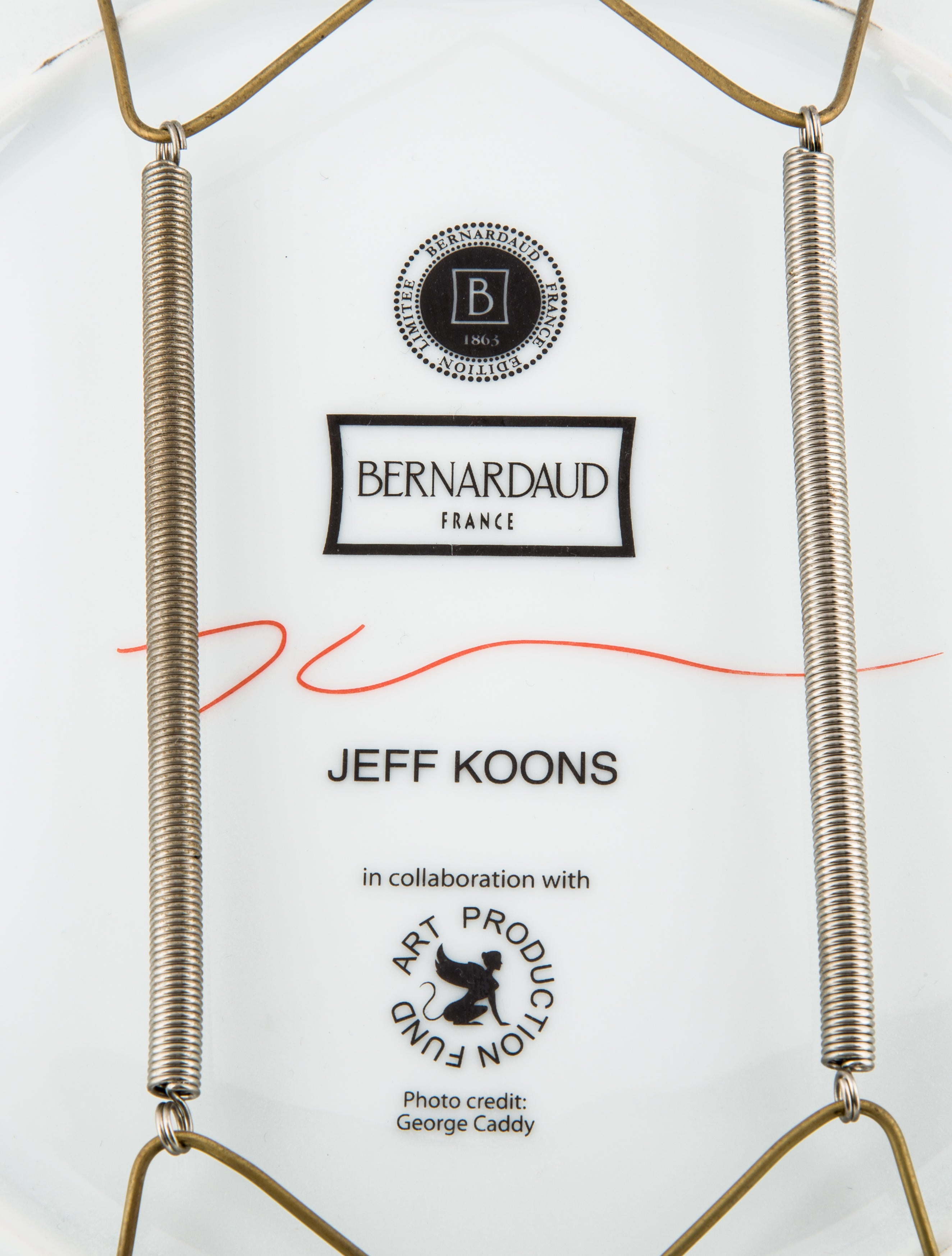 Bernardaud Limited Edition Jeff Koons Wow Plate Decor And Accessories Bdd20233 The Realreal