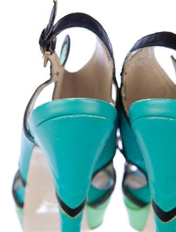 Burakuyan Leather Sandals