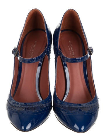 Oxford Mary Jane Pumps