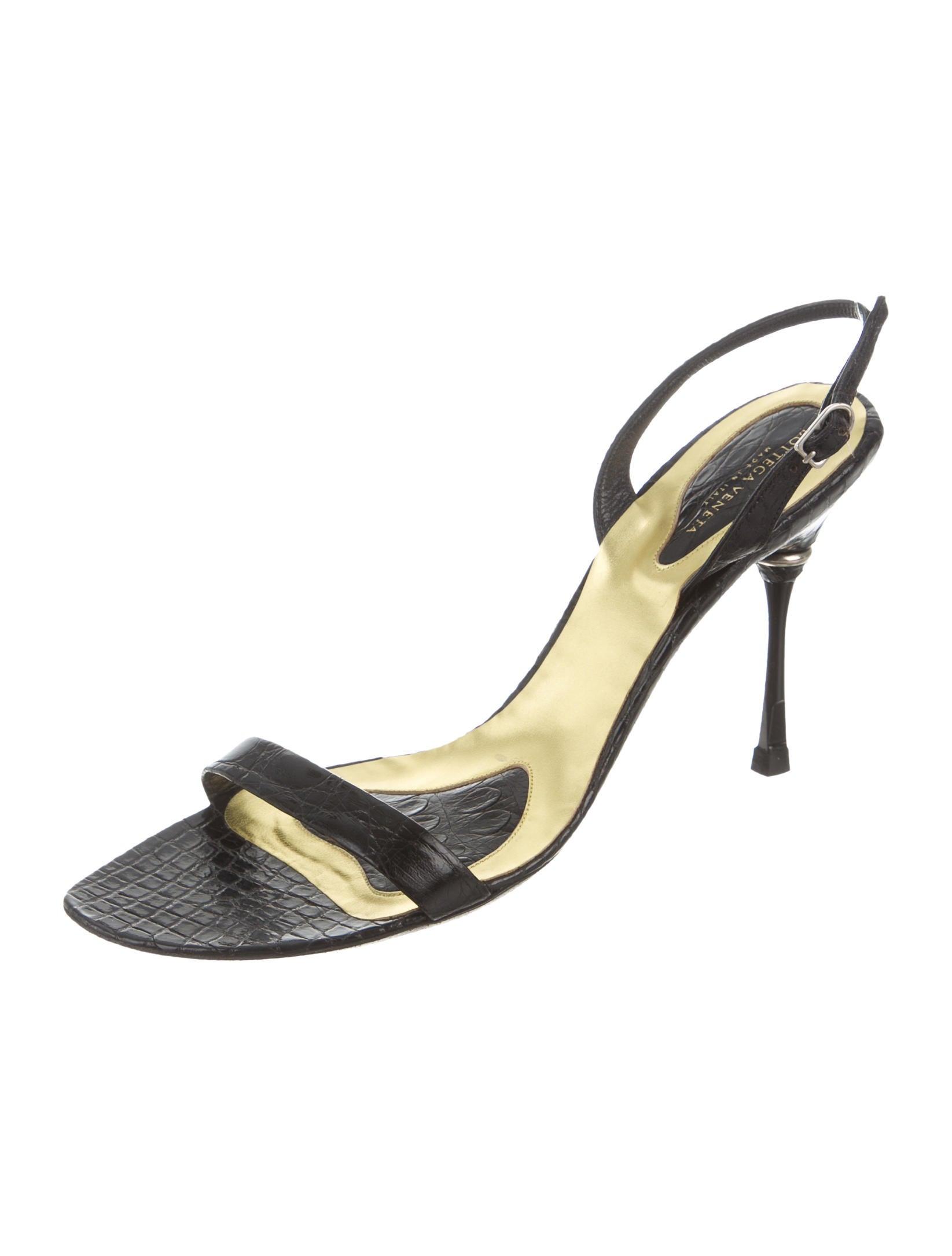 Bottega Veneta Alligator Slingback Sandals clearance browse visa payment online Uwf5D