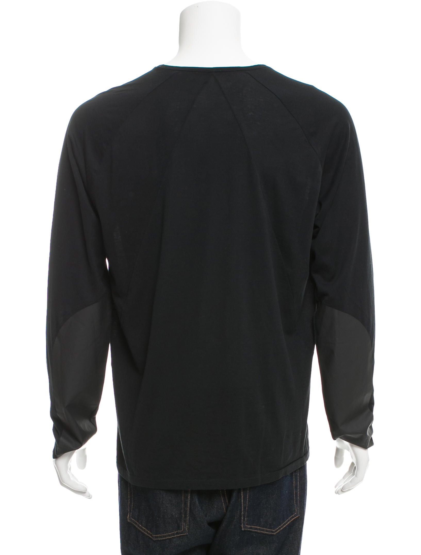 Bottega veneta crew neck long sleeve t shirt clothing for Bottega veneta t shirt