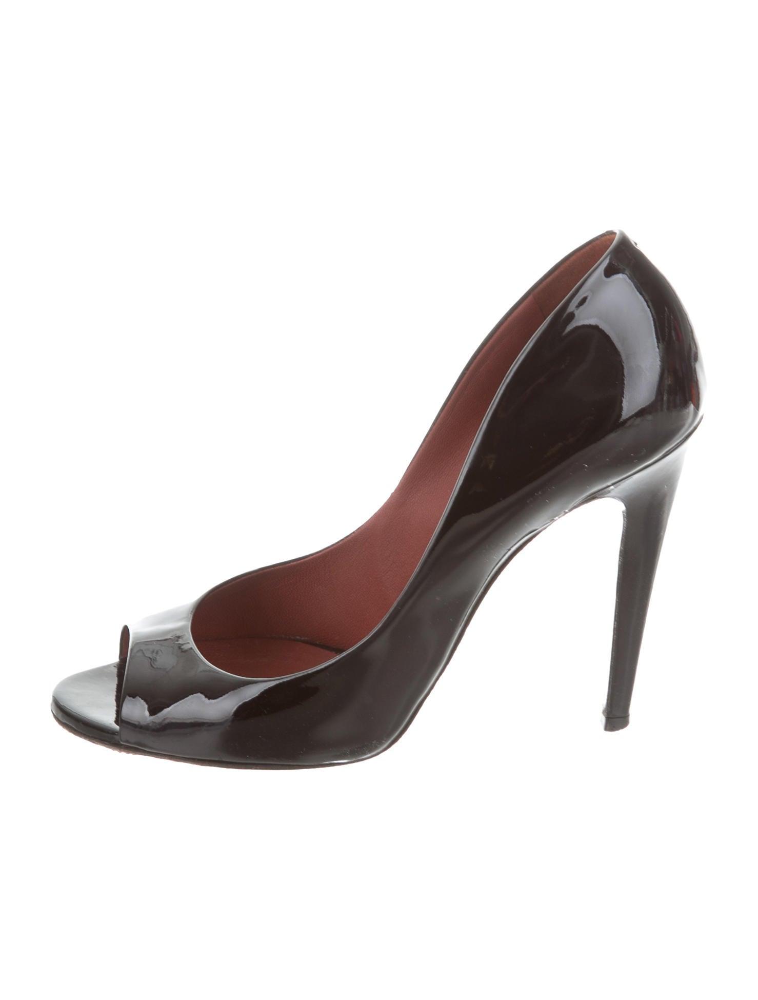 Bottega Veneta Peep-Toe Patent Leather Pumps discount release dates sale enjoy lfmtqPP