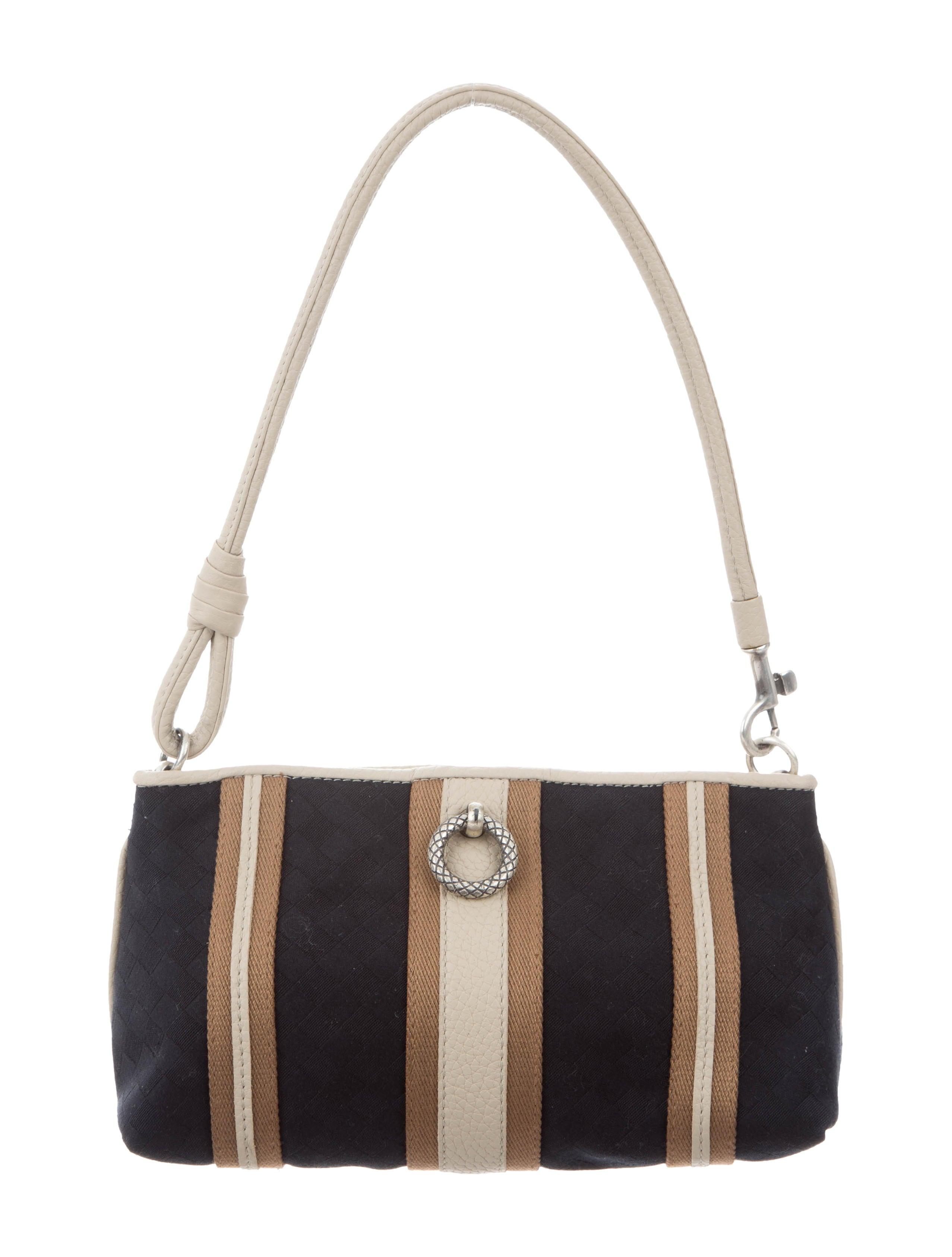 Bottega Veneta Orange Intrecciato Large Hobo. nextprev  best loved 9b209  b8aa2 ... Leather-Trimmed Intrecciato Bag low priced 98a5f e9a4b ... 372999c4354b1