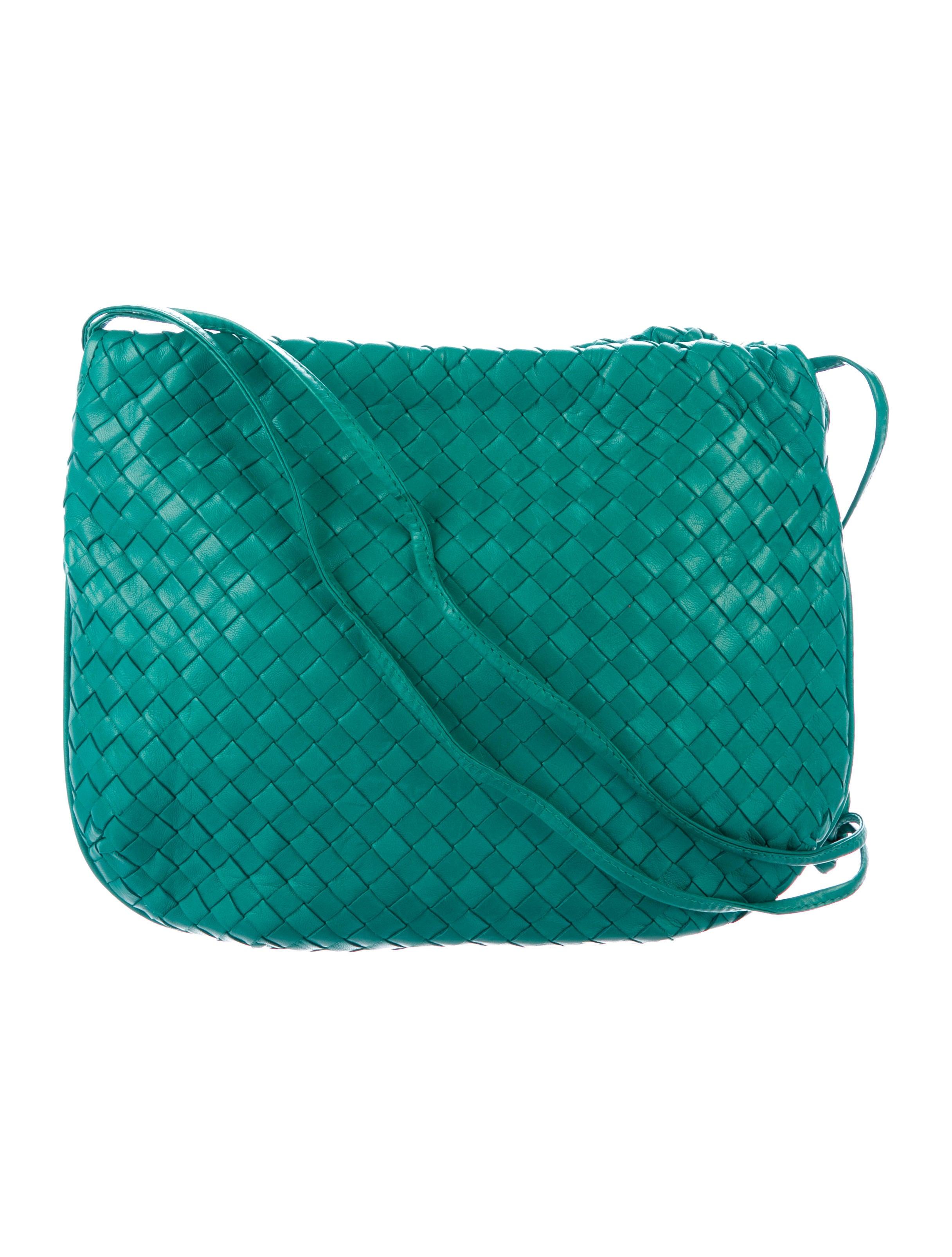 Bottega Veneta Intrecciato Veneta Drawstring Bottega Intrecciato Drawstring  Bag Bag XqwSnrxXH ... f3fb22ec2d9fc