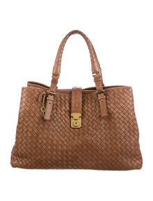 0c2f13d077bb Bottega Veneta. Intrecciato Medium Roma Bag