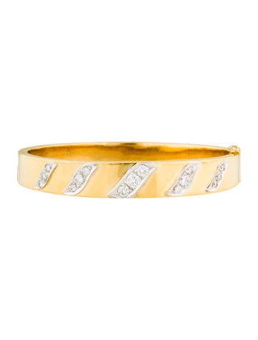 18K Diamond Bangle Bracelet None
