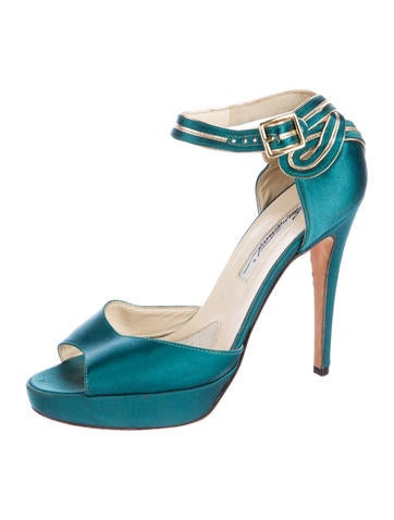 Stella Satin Pumps