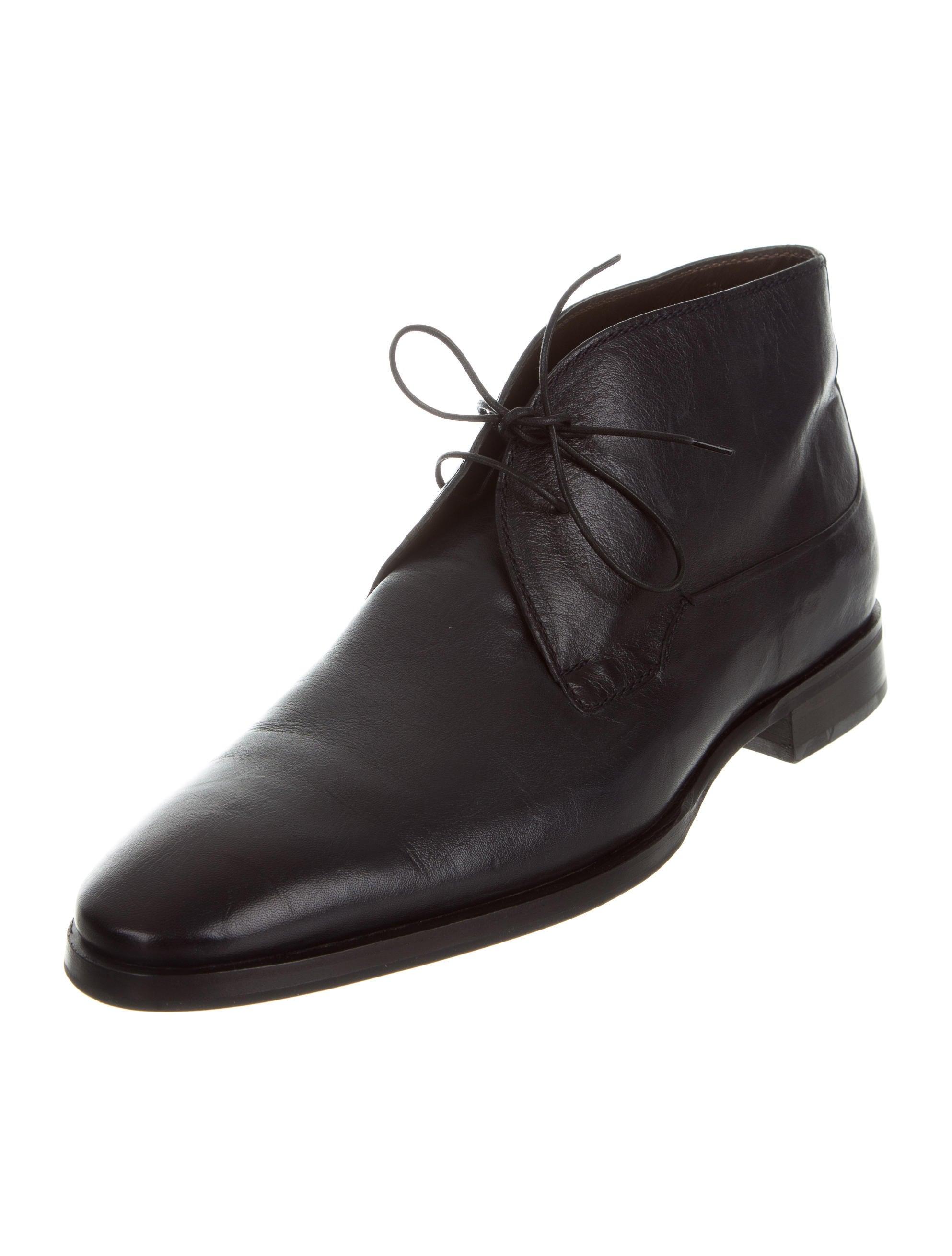 Jack & Jones leather desert boots. £ Jack & Jones suede desert boots. £ ASOS DESIGN desert boots in tan leather with suede detail. New Look faux suede desert shoe in brown. £ New Look Faux Suede Desert Boots In Tan. £ ASOS Wide Fit Desert Boots In Tan Suede With Leather .