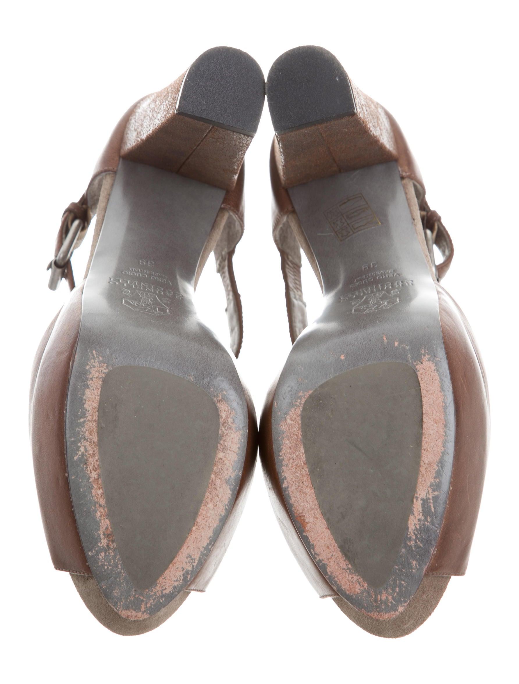 brunello cucinelli t platform sandals shoes