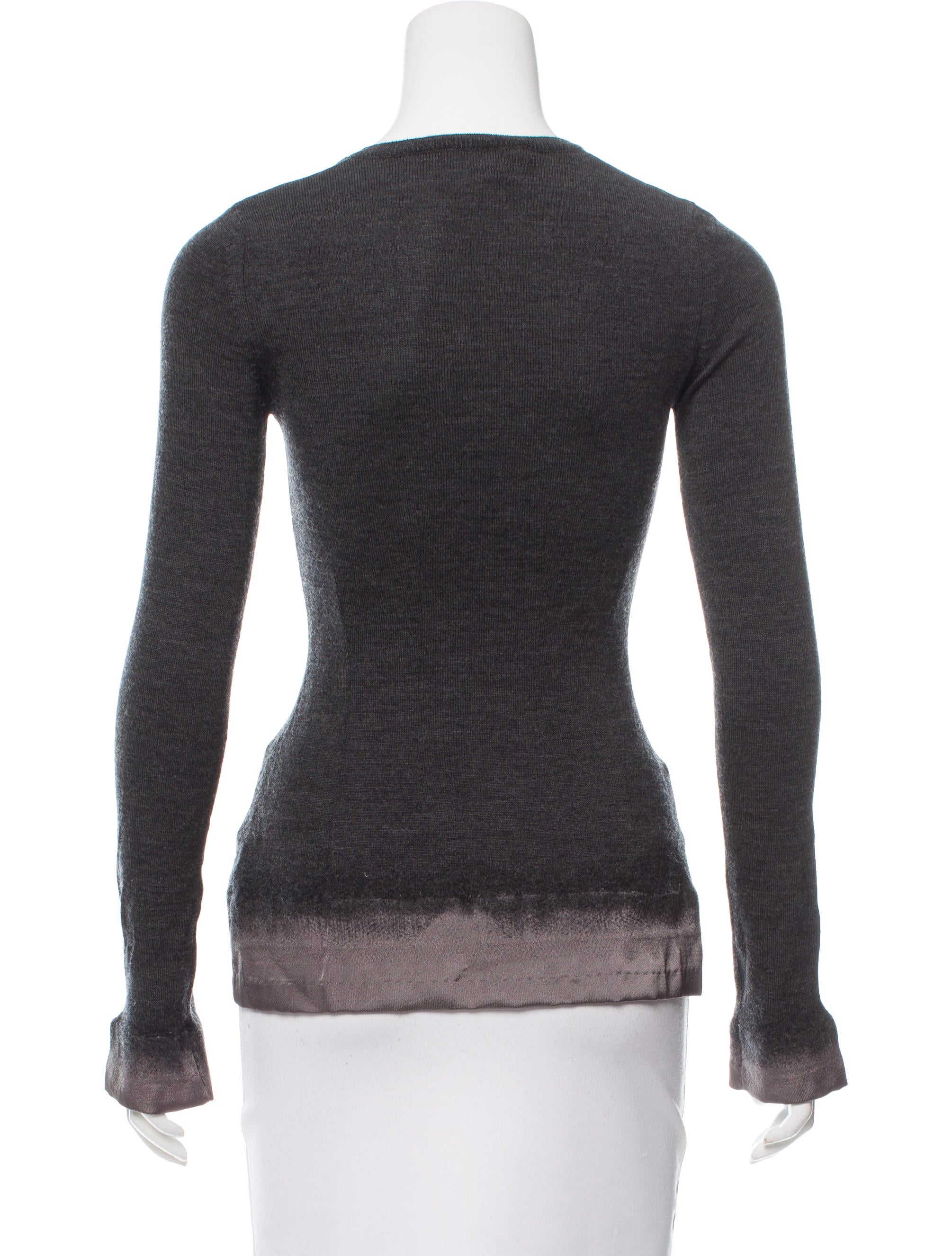 Clothing & Gear Women's Baselayers. Capilene® Baselayer. Versatile next-to-skin performance knits to help you stay warm. our Capilene® Air Bottoms offer amazing warmth and comfort range. An airy blend of 51% merino wool and 49% recycled polyester wicks moisture, resists odor and dries in a flash. W's Capilene® Thermal Weight Crew $