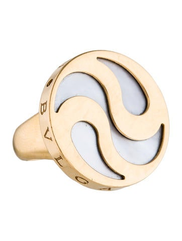 Bvlgari 18K Hypnotic Mother Of Pearl Cocktail Ring