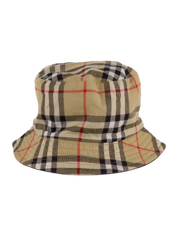 black burberry bucket hat