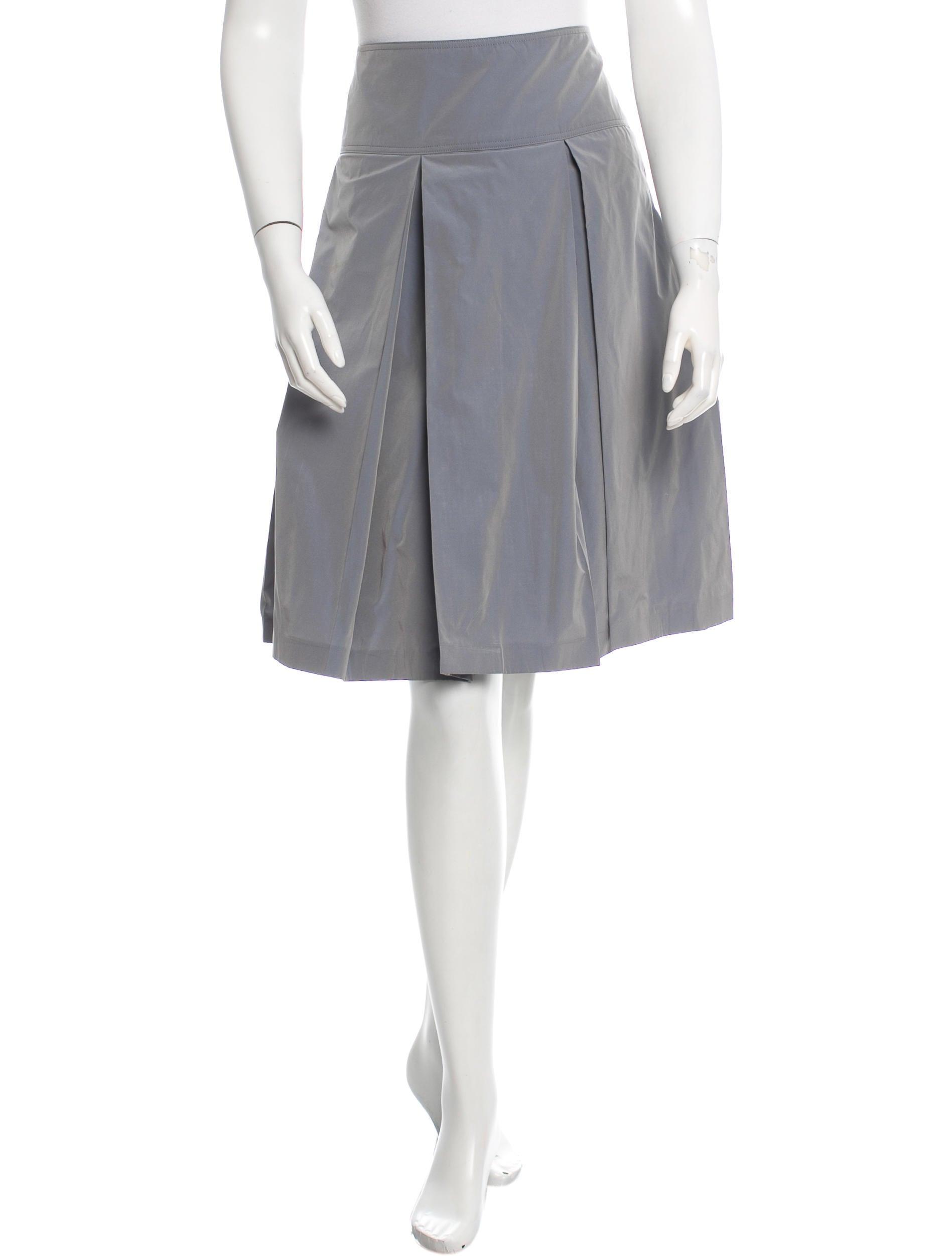 burberry pleated knee length skirt clothing bur59185