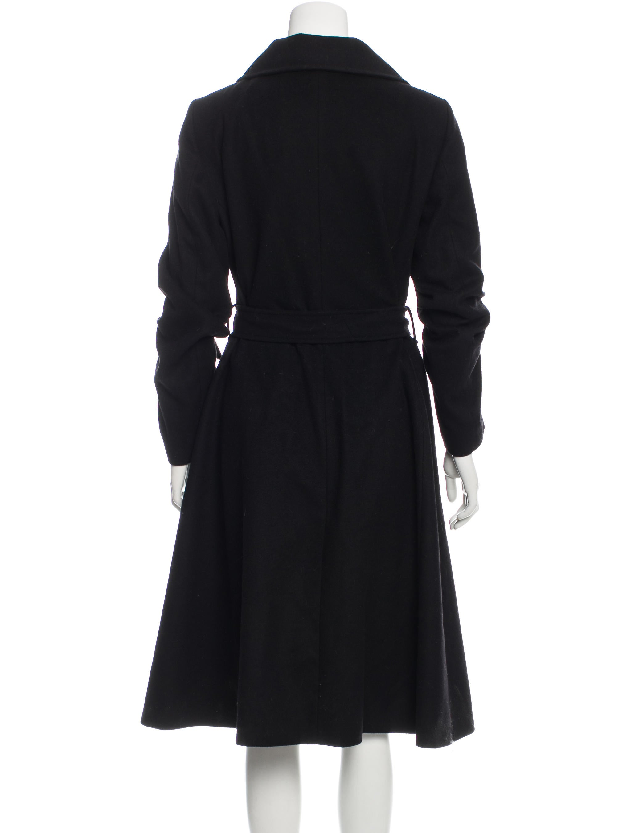Classic Long Wool Coat: In a rich wool blend and longer length, this classic coat will keep you looking your best for many winter seasons to come. Notch collar styling Princess seams for shape/5(42).
