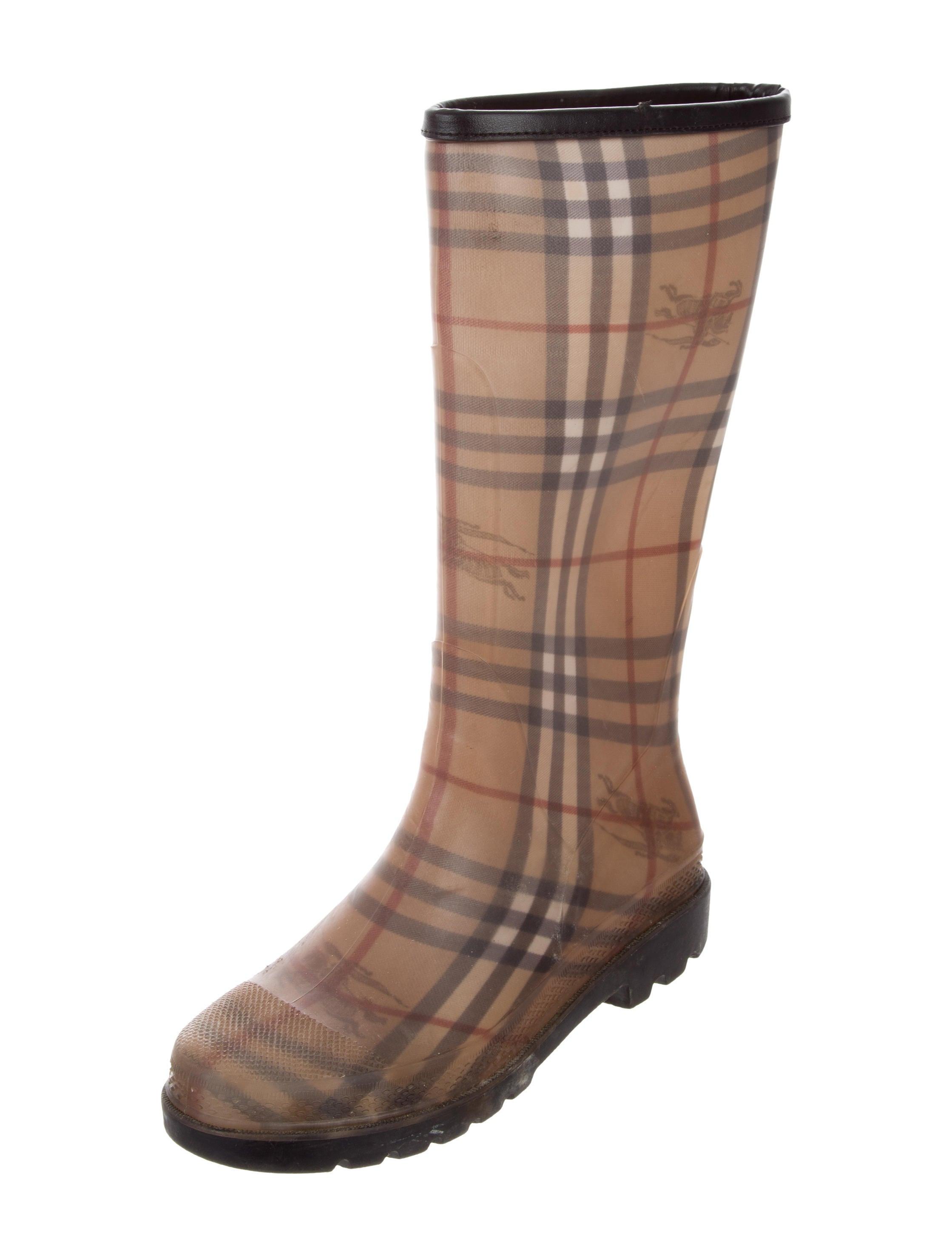 Burberry Nova Check Snow Boots  96730649685cf