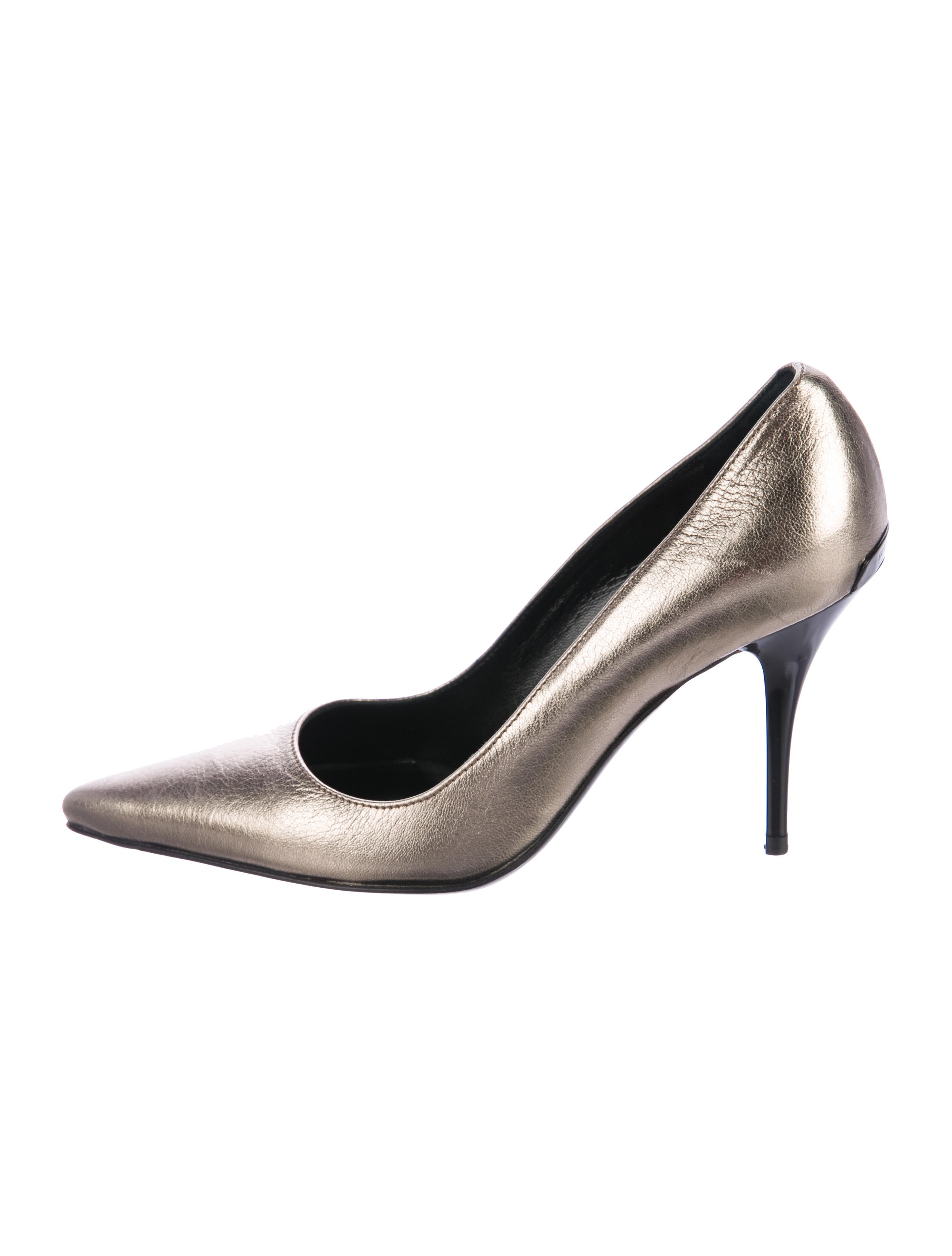 Burberry Metallic Pointed-Toe Pumps cheap sale visit new discount low price fee shipping with paypal cheap price bUaUCYQKL