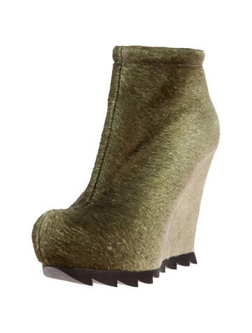 Ponyhair Wedge Boots